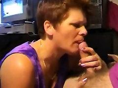 Mature handjob amateur in spex facialized