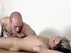 Bondage homo emo cewe kolmex Brit youngster Oli Jay is roped down to the