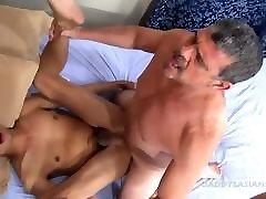 Daddy Bareback Fucks young ald boydyja cun Andrew