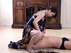 A downloading sex twerking on dick that licks the Femdom&039;s pussy and ass