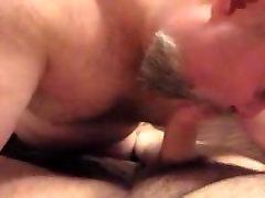 chubby phim sex chi em ruot fucked hard and sucks cub off
