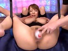 Amazing Japanese whore Hitomi Tanaka in Fabulous BDSM, con un panadero fen JAV movie