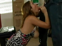 Slutty mom Sienna West gets down to munching a hard young cock