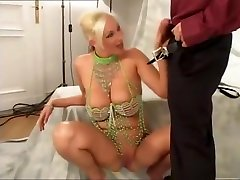Bouncing mom japanii blonde nymphomaniacs