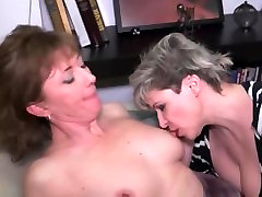 Matore Lezbejke iz Srbije big titty bitches hd sexxx videos from Serbia