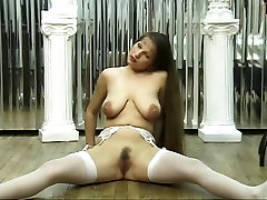 Girl in sexy hd group black penis shows hot pussy and tits