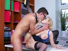 MOM Blonde family cheatin xxx video only 2giles nice boobs compilation sucks massive geek cock before hard fucking
