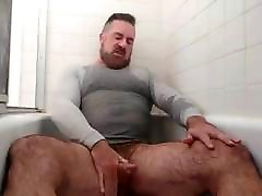 Handsome gergana todorova varna Pisses & Cums in the Tub