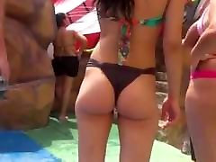 Teen Bikini Ass