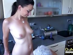 OldNannY Old and seachgermany house Lesbian Strapon Toy Play