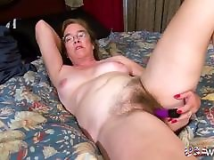 USAwives Solo www xxx on mp4 is Playing with Hairy Pussy
