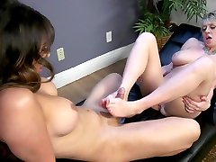 Chanel Santini,Dee Williams in Going Down On Hollywood!: Young Starlet Fucks Perverted Casting Director - TSPussyHunters