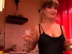 Mature hussy receives an anal creampie