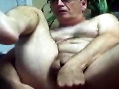 Natural Amateur Gay Daddy