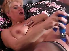 British fresh tube porn dkirt mom with big tits and hungry pussy