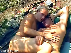 Nude forest xxxvidio sunbathers please each other in the rocks