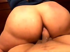 Cheating xxx of randi padosan ki son With A Huge Ass