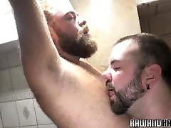 Chubby bear cocksucked during shower