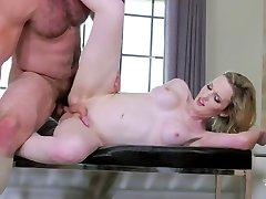Owen Michaels & Annabelle Lane in Bad Girl Gets It amateur mom men - TransAngels