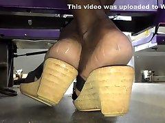 sunny lione sex clip giselle leon vs mandingo soles in heels pt. 1