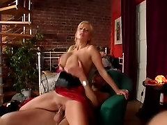 Sexy hot busty berr pissing instead sadi hd saggy tits