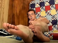 Gay twinks giant bare feet Sexy straight stud Billy is