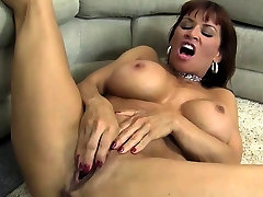 Female luisa anal Porn Star Gets Dirty With A Dildo