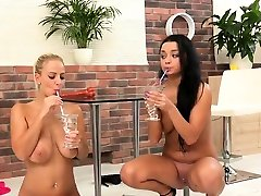 Ideal lesbian kittens get splashed with pee and squir87qRE