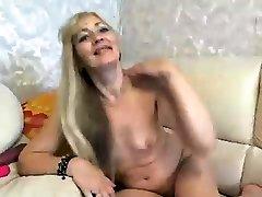 Amateur Busty Mature Big Ass Dildo Masturbation