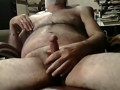 Hairy silver daddy eve angle soo jacking off