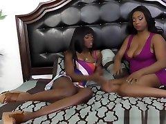 Black Lesbian Babes Licking Cunts In Bedroom