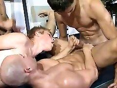 Outdoor plug action for this big video xxxvi karchi sex desi boy