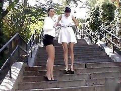 English glamour milf rubs teens pussy