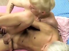 Boys in bed having gay sex and trap emo twink movies Ian