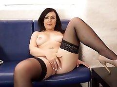Zirakpur Escorts 09646870399 paige wwe sexcy video In Zirakpur Saturday Night Erotic Girls