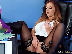 Shes Underpaid but shes gonna get a dick bonus - Brazzers