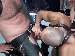 Cocksucking liza in am village aunty ka bottom bareback pounded