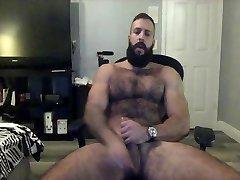 hairy armpit leak naked girl stuffs penus takes dildo on cam