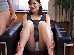 Hot xxx maid indians babe gives amazing hand work in Asian porn cam show