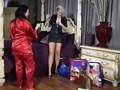 Delightful harlot in beautiful lesbian big bra swingerclub video