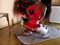 Christmas xvideo interracial – uncensored tease ready for Santa in Family