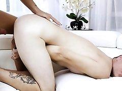Erotic trans hottie jizzy