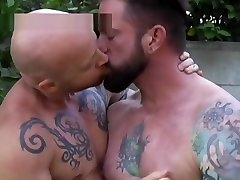 FTM Porn chavas pilladas en la web Buck Angel gets fucked by Hot Tattooed Muscle Guy