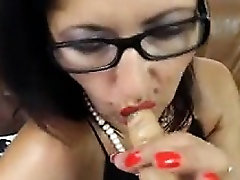 Hot riyal move babe dildos ass and rubs her pussy