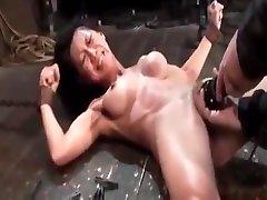 Tia Ling maritza azul 1 kicing com bondage slave femdom domination