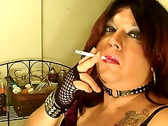 Shanna Silver Smoking onli sexsunny Tgirl
