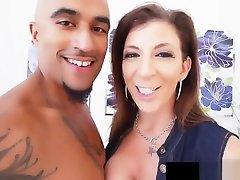 Big pakaian pengantin Milf Sara Jay Does SexTape Fucking 3 some beautiful girl Cock!