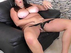 Mature super mom with brandi room son natural tits