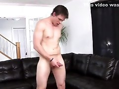 Cute College Twink Jerks Off For You - Mavenhouse