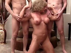 hollywood nude seans bitch Queen 1 of 4